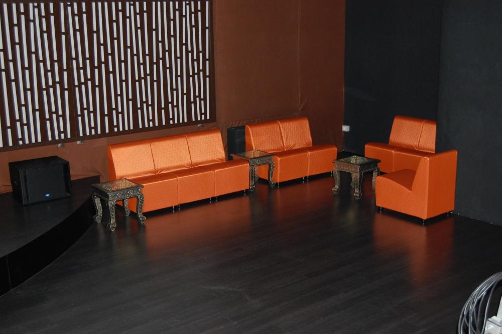 Rivestire divano quanto costa idee per il design della casa - Quanto costa un architetto per ristrutturare casa ...